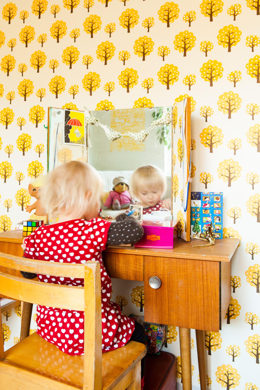 Little girl's room from free issue 3 www.tuttifruttima.... Photo Mari Lahti. Tuttifrutti Magazine on suomalainen lifestyle-verkkolehti trendejä pelkäämättömille perheellisille. #beauty table#