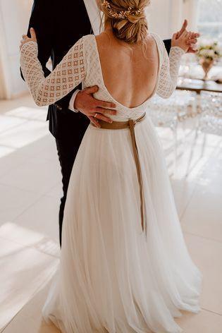 Inspiration für moderne Hochzeit mit Brautpullover | Braut ...
