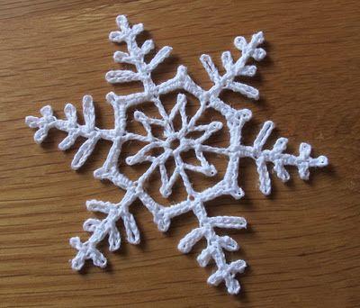 Crochet Snowflake | gehäkelte Schneeflocken, Schneeflocken und Häkeln