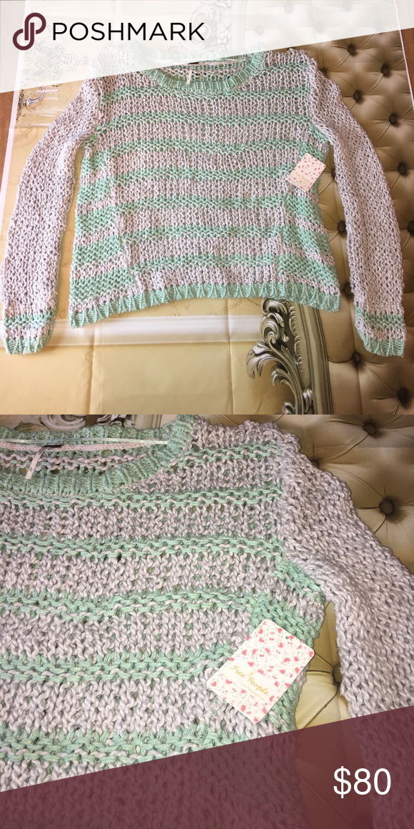 Free people Sweater large Nwt Cloud combo in color. Mint green and gray in color. Longer on the sides, semi oversized! Free People Sweaters Crew & Scoop Necks