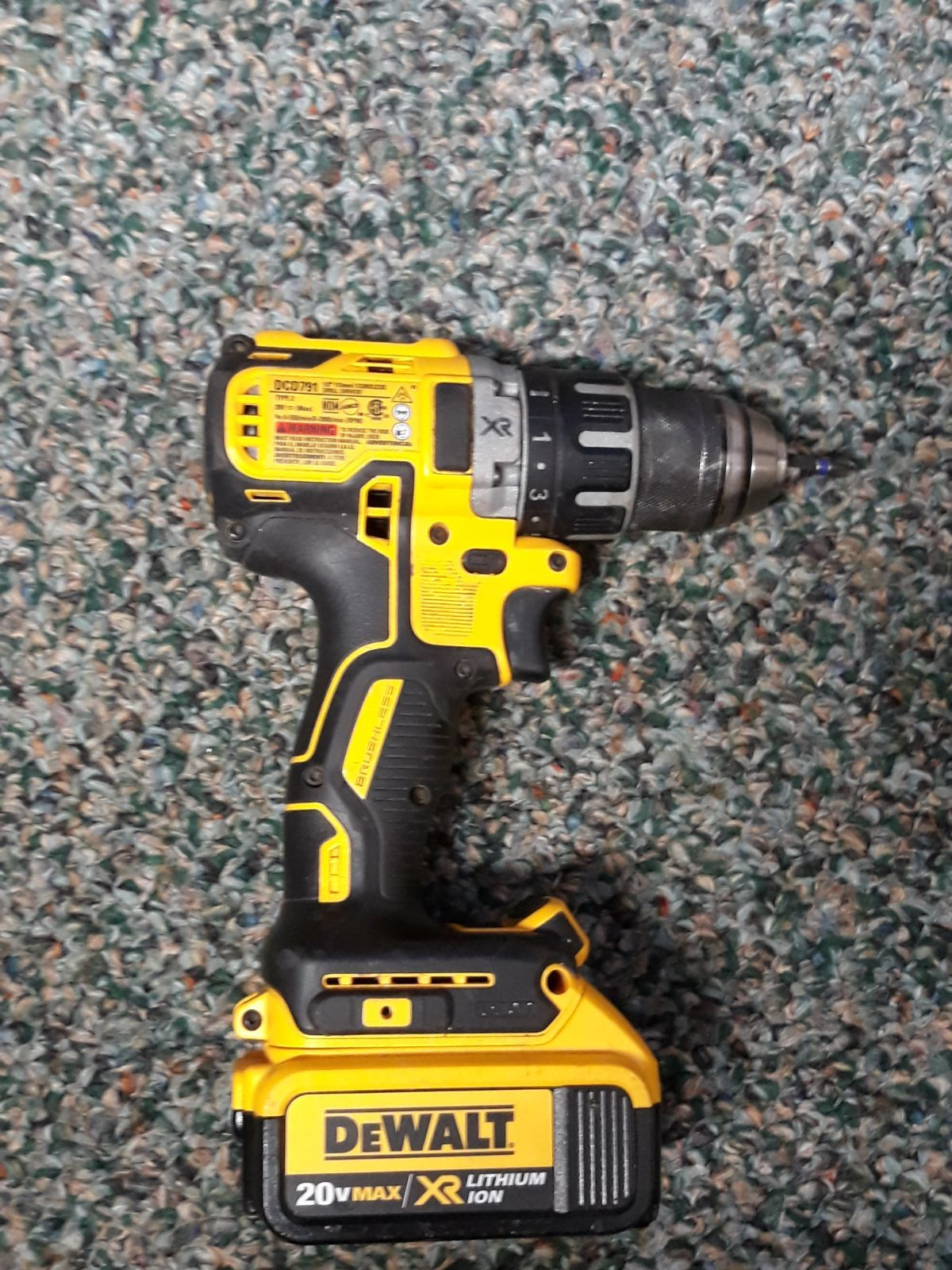 Dcd791 20v Max Xr Li Ion Brushless Compact Drill Driver With 20v Li Ion Dcb204 Battery With 4 0 Amp Hours Drill Functions Pro Drill Dewalt Compact Drill