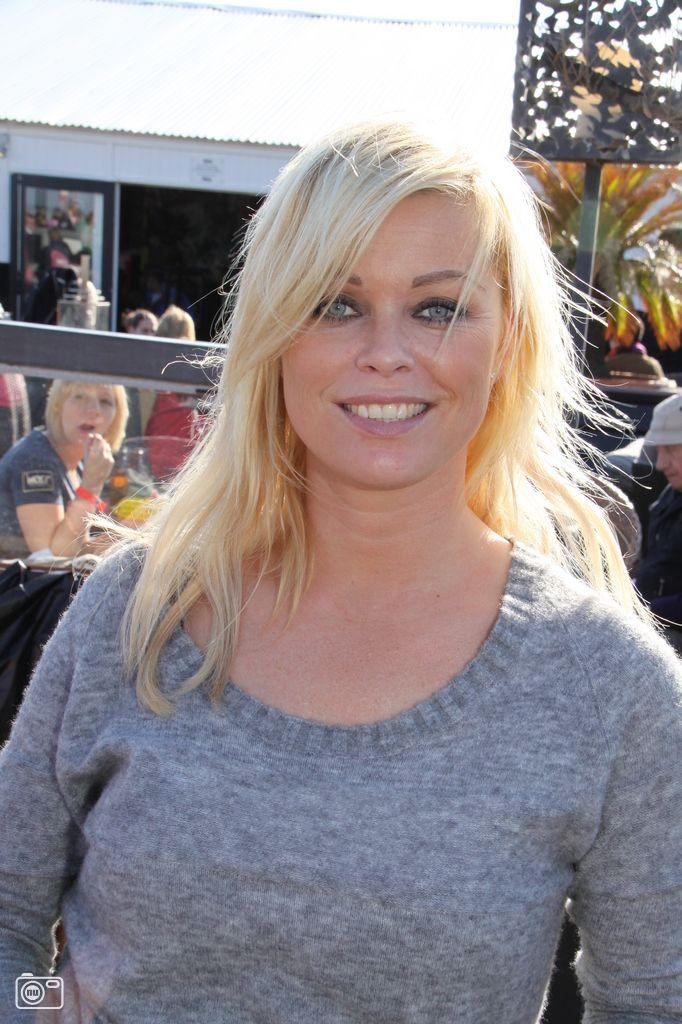 Bridget Maasland Bridget Maasland Op Dutchypuppy Dogwalk