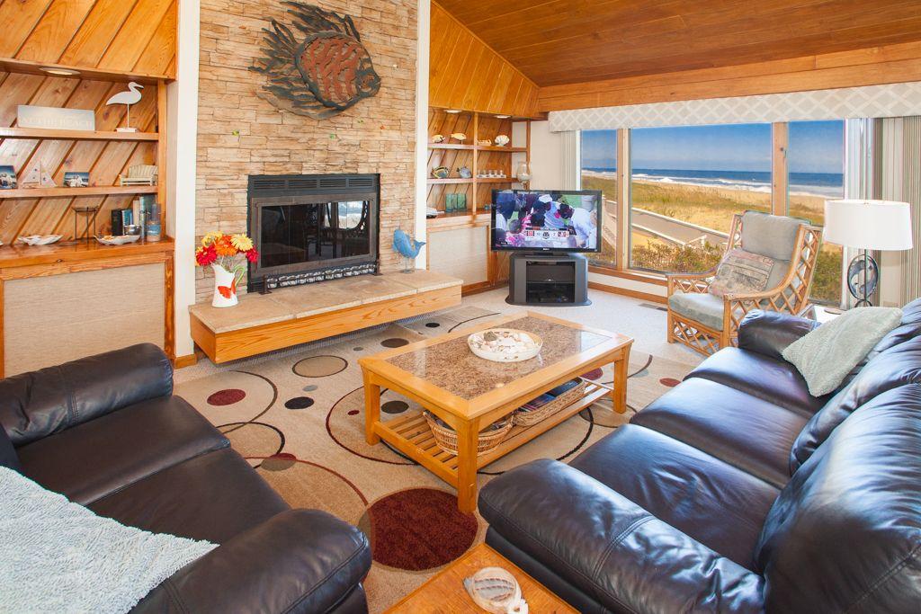 Sandbridge Realty Interior Decor - Deja Vue Welcome to Deja Vue!