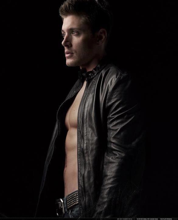 Jensen Ackles Hot Pictures