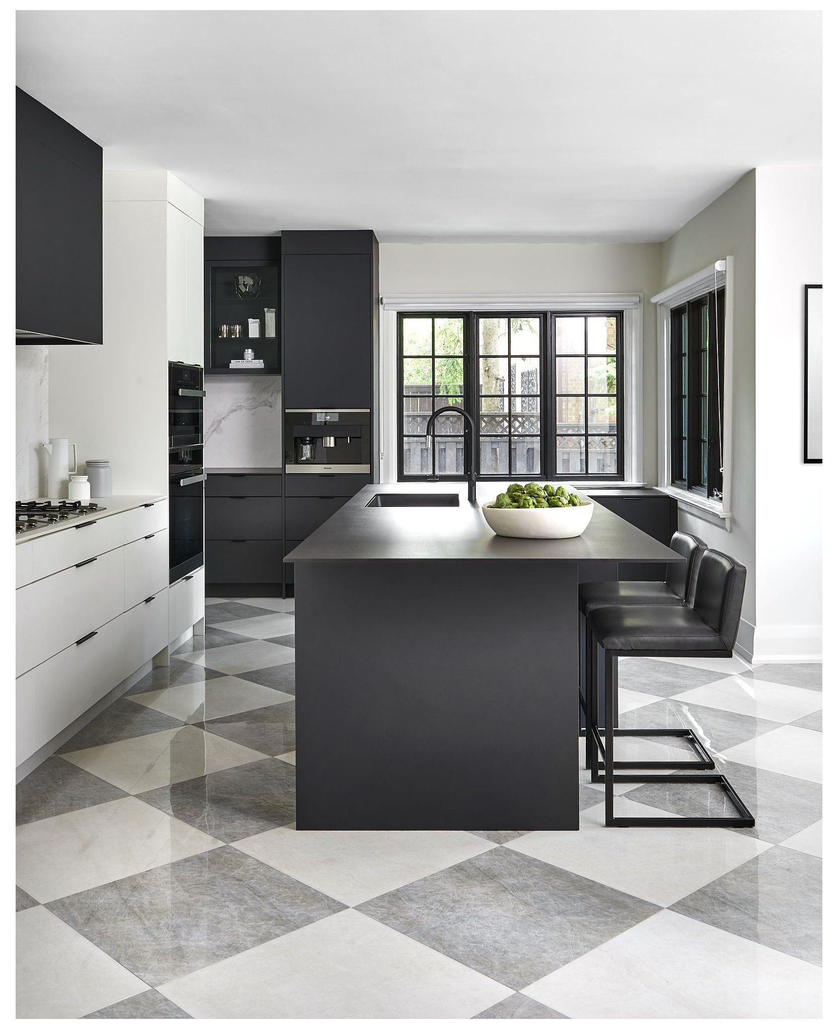 Black And White Kitchen With Checkered Floor Black And White Kitchen Floor Blackandwhite In 2021 White Kitchen Floor White Tile Kitchen Floor White Kitchen Tiles Black and white checkered kitchen floor