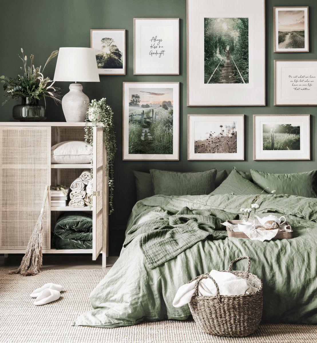 Grüne Bilderwand Natur Landschaftsposter Eichenrahmen