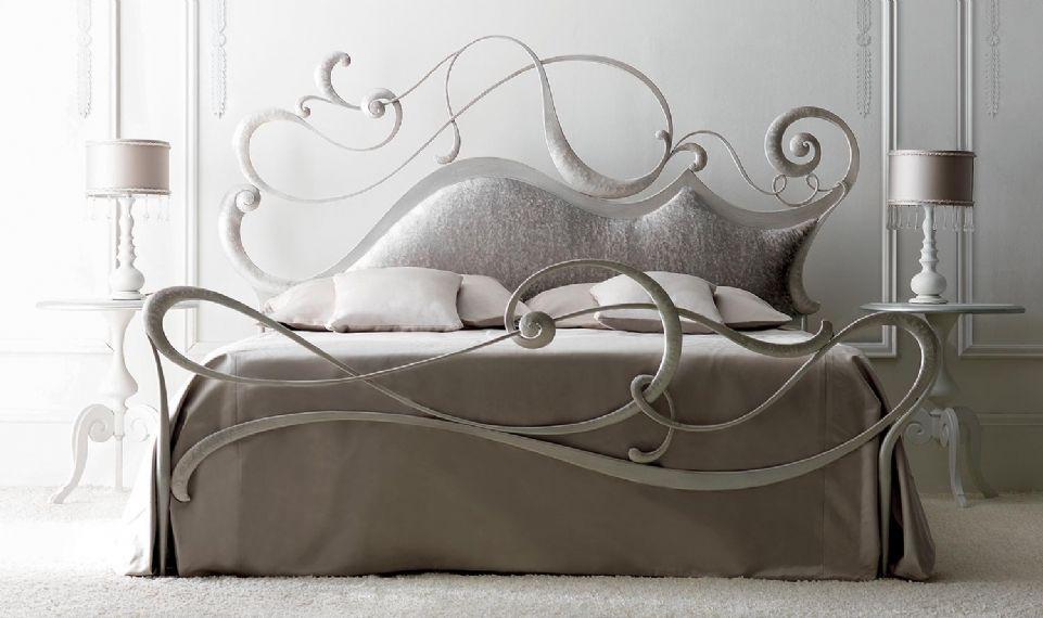 Letto Viola Cortezari : Cortezari letti matrimoniali safira bedroom bed bed frame