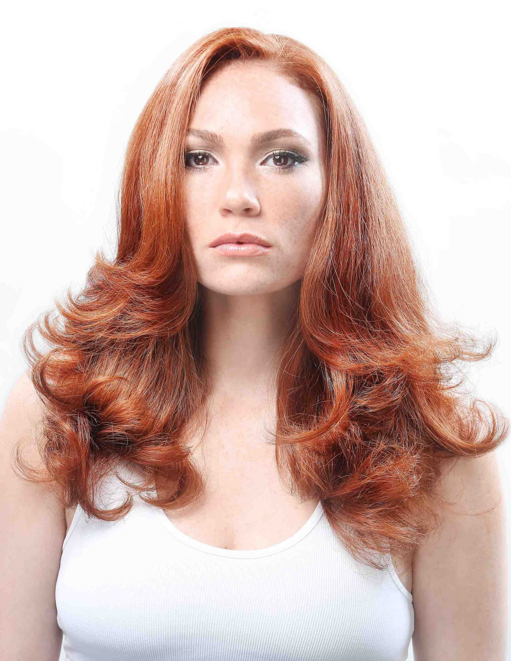 Red Hair Color Based On Your Age How To Be A Redhead Red Hair Color Redhead Hair Color Red Hair Aging