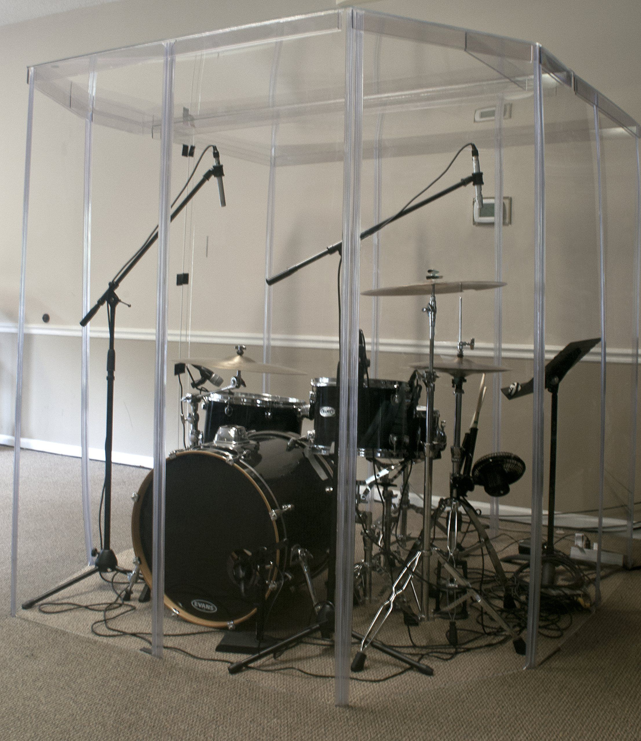 Drum booth sound room drum shields or drum shield for Soundproofing a room for music