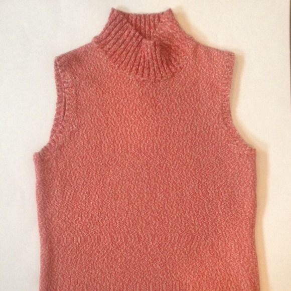 Knit In Shades of Fall Beautiful turtleneck knit is warm shades of pink, tan, and coral. Perfect for transitioning into cooler weather - wear as is or over a long sleeve shirt for extra warmth. Excellent condition. 100% cotton Jones New York Sweaters