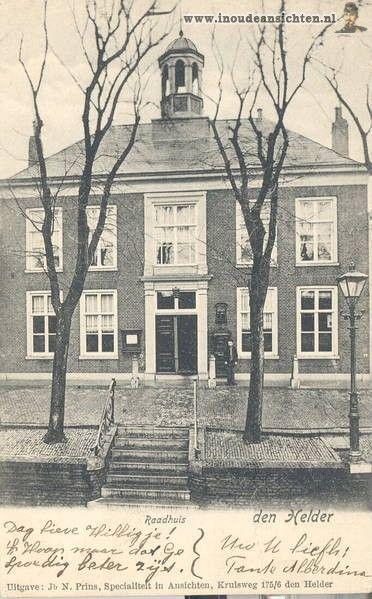 H1124 - Raadhuis aan het Dijkje