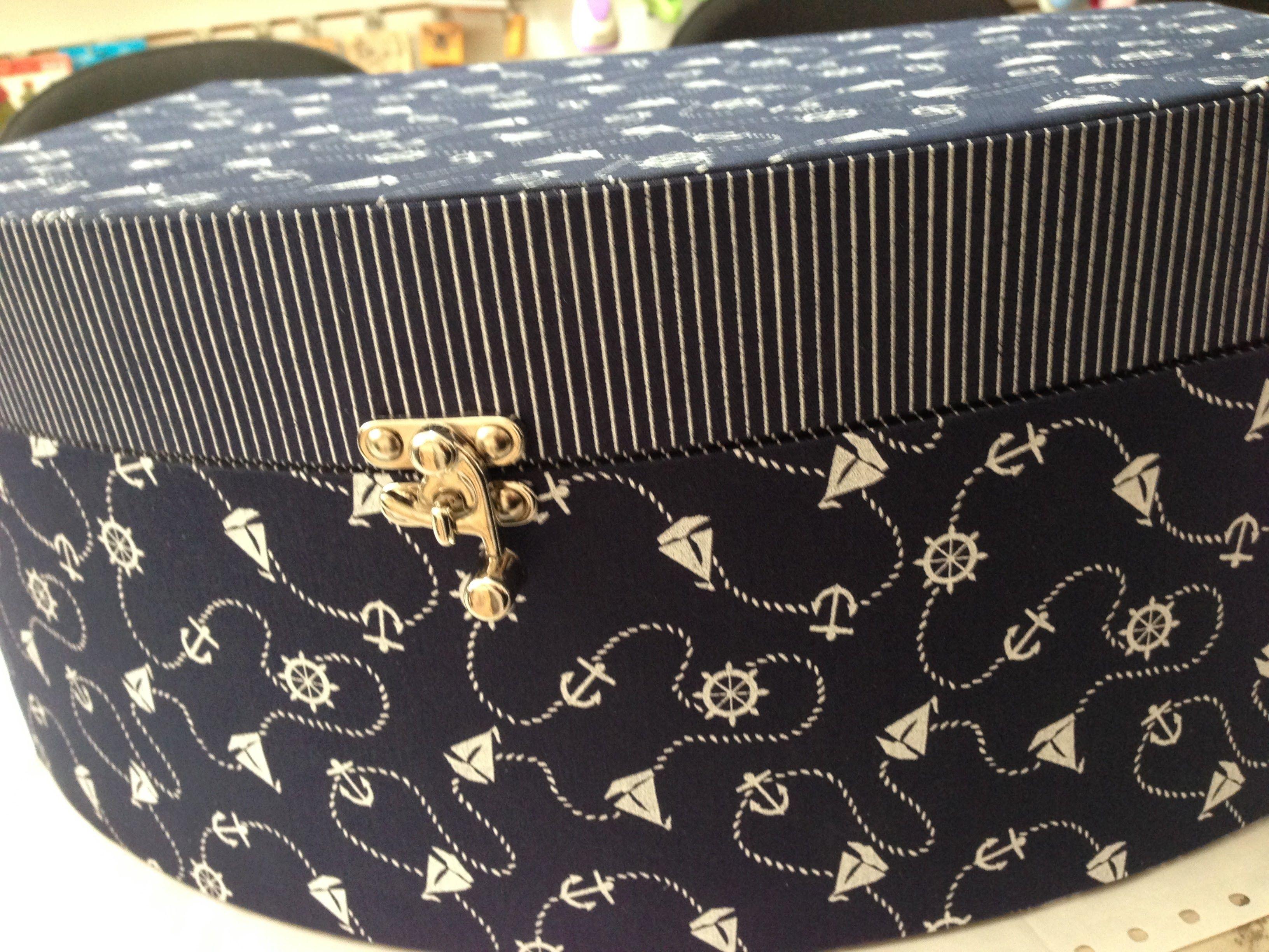 maleta azul marinho grande Kátia Cumer