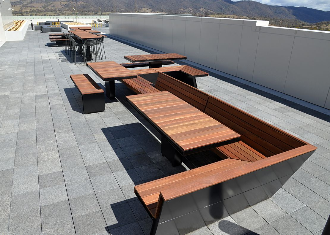 Mos: Rooftop BBQ