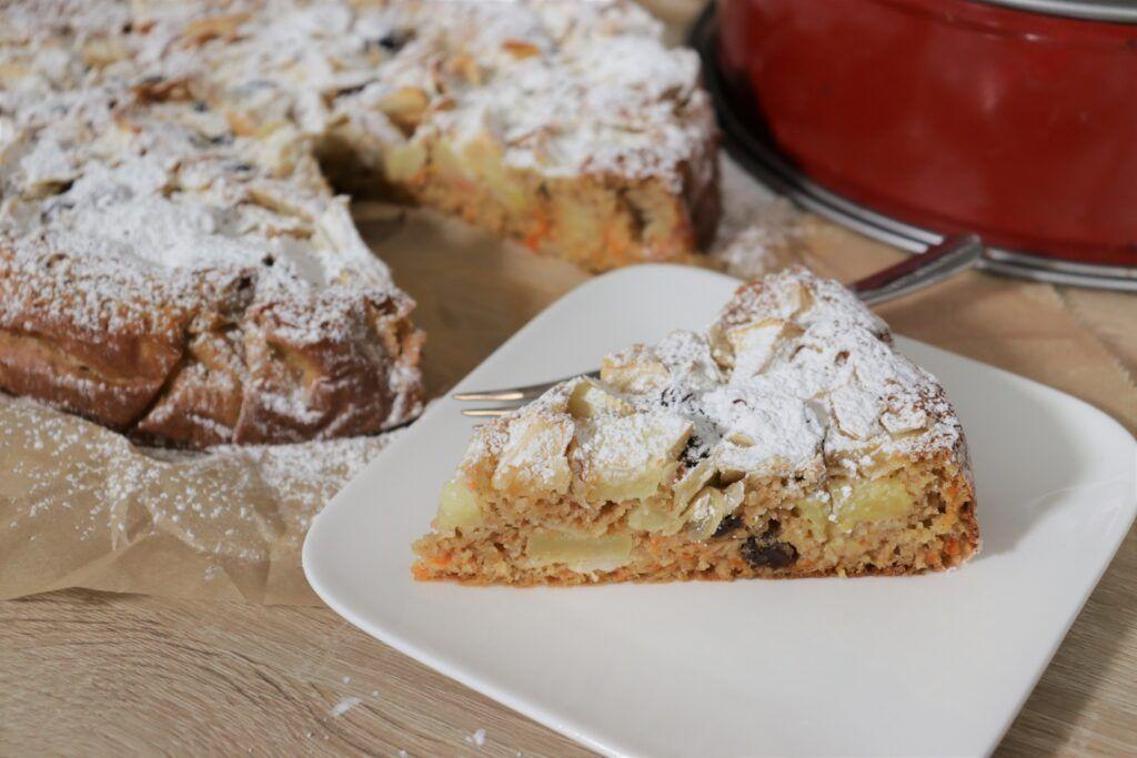 Bratapfelkuchen Rezept In 2020 Wolkchen Backerei Backerei Bratapfelkuchen