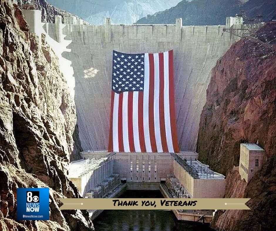 Hoover Dam At Lake Mead This Photo Was Taken May 1 1996 For The Olympic Torch Run Large American Flag American Flags Flying American Flag