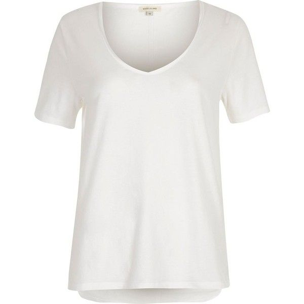 River Island White scoop neck T-shirt (€12) via Polyvore featuring tops, t-shirts, white, loose white t shirt, white tee, v neck t shirts, white v neck tee and white tops