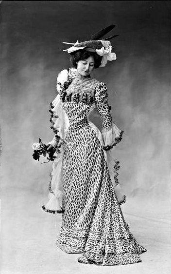 Hélène Herbert, modèle de la maison Redfern, 1901 1900-1910