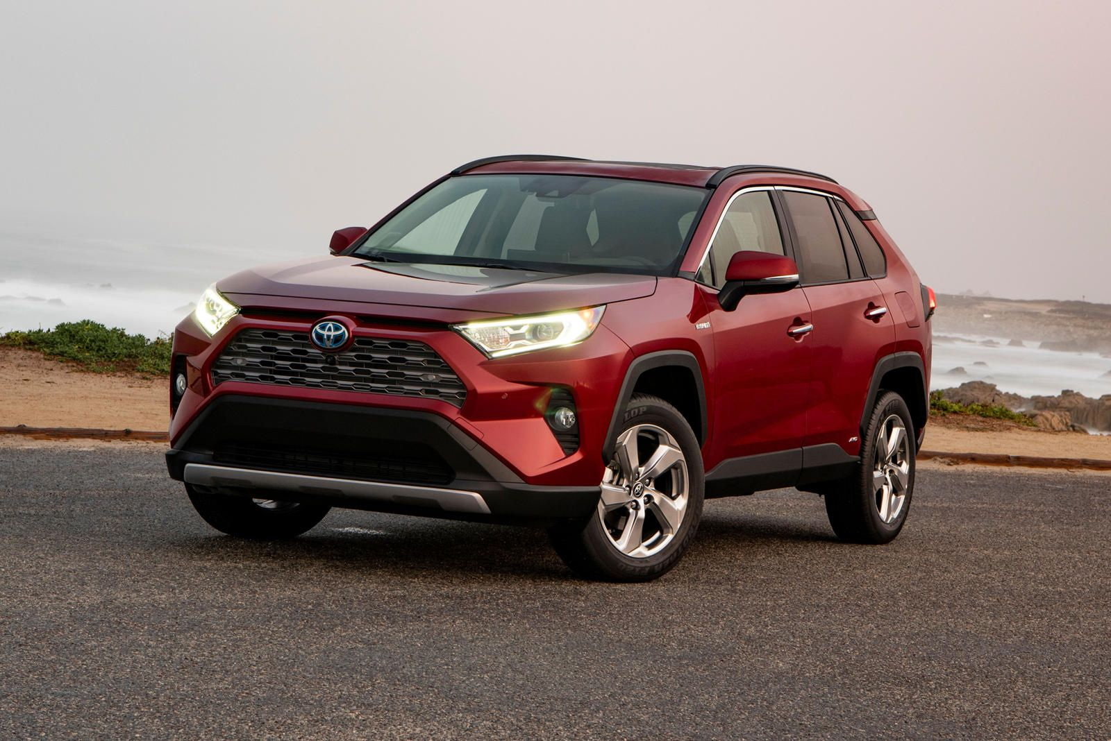 2020 Toyota Rav4 Hybrid Test Drive Review The Best Seller For A Reason In 2020 Toyota Rav4 Hybrid Toyota Rav4 Toyota