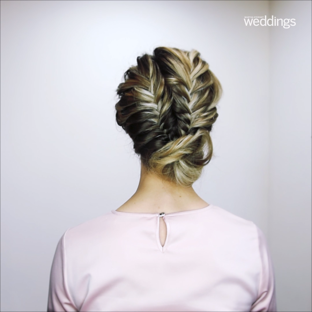 Lazy fishtail braid hairstyle for people who don't care about thing's like this...but then again, actually do. # double fishtail Braids Easy Fishtail Braid Hairstyle - Citizens of Beauty