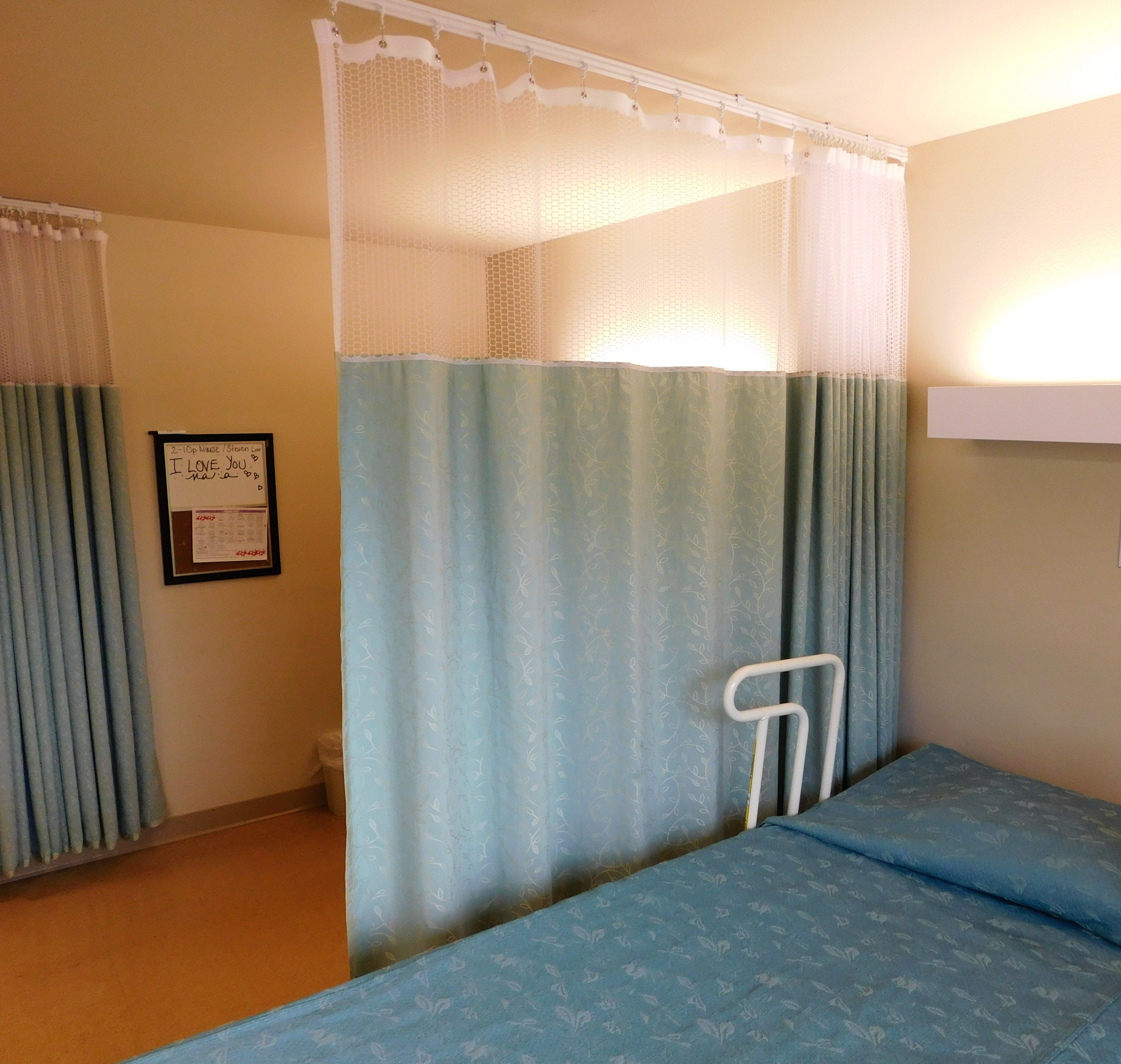 Privacy Cubicle Curtains Are Durable Top Quality And Feature A Triple Thick 1 5 Inch Header Reinforced With A Middle Layer O Curtains Cubicle Privacy Curtains