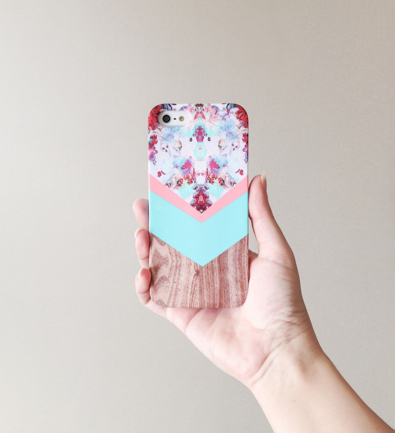 iPhone 6 Case Wood Print, Floral Cases iPhone 4s Case Wood Print Flowers iPhone Case, Geometric Cases Mint Galaxy s4 Case Cute iPhone Cases by casesbycsera on Etsy https://www.etsy.com/listing/188032959/iphone-6-case-wood-print-floral-cases