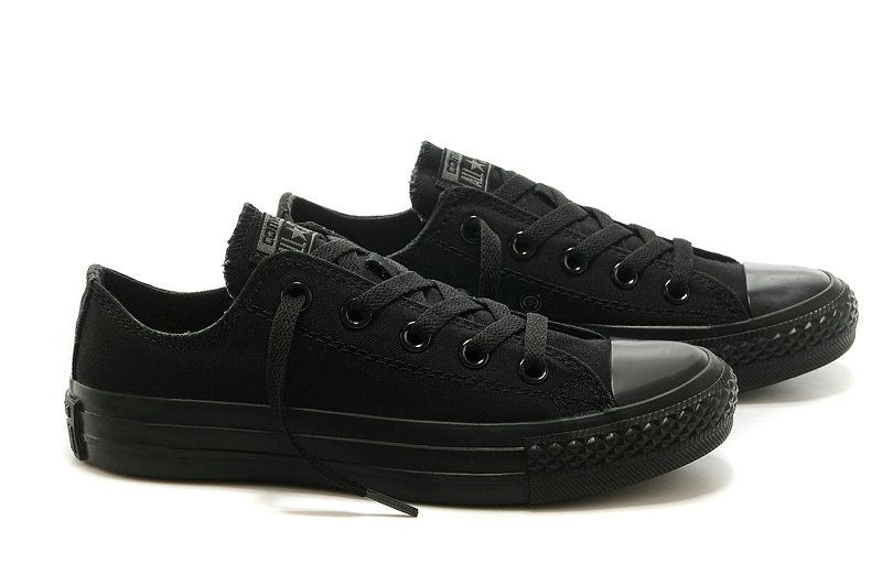 bb475efd5cff Converse Classic Evergreen a full black low to help