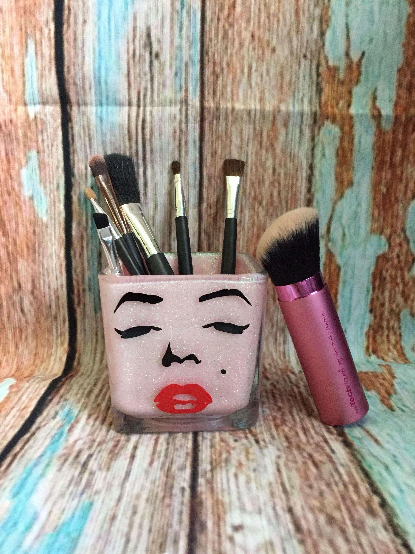 Marilyn Monroe themed pink glittered Makeup brush storage