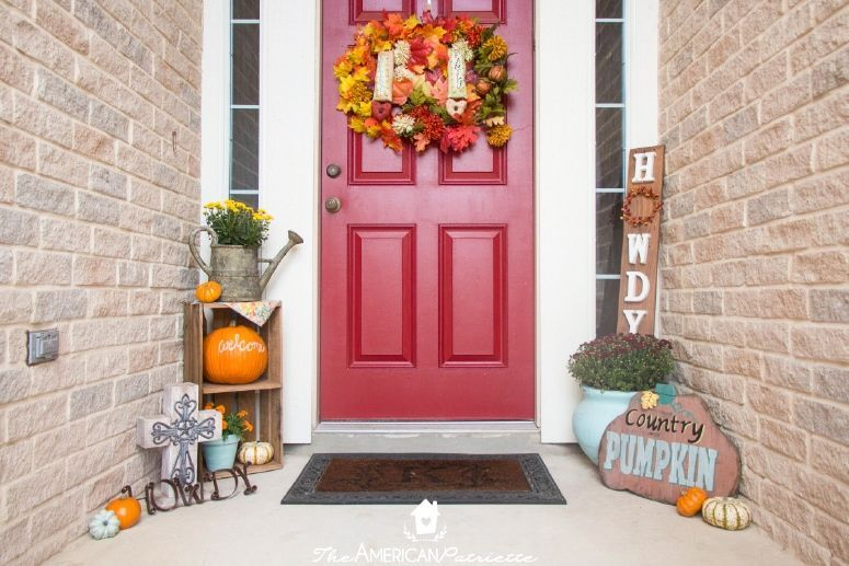 Ideas for Decorating a Small Front Porch for Fall #fallfrontporchdecor Ideas for Decorating a Small Front Porch for Fall - The American Patriette #fallfrontporchdecor