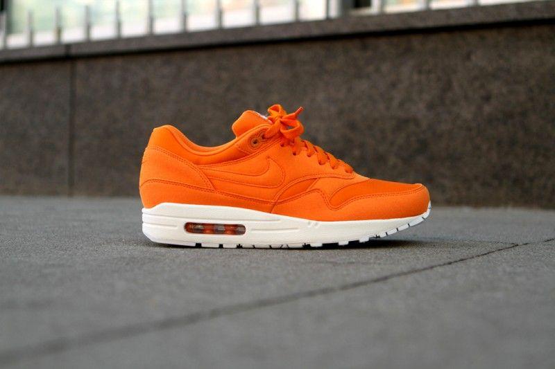 nike air max 1 red orange