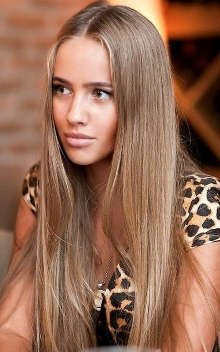 balayage blond sur cheveux chatain clair lisse. Black Bedroom Furniture Sets. Home Design Ideas