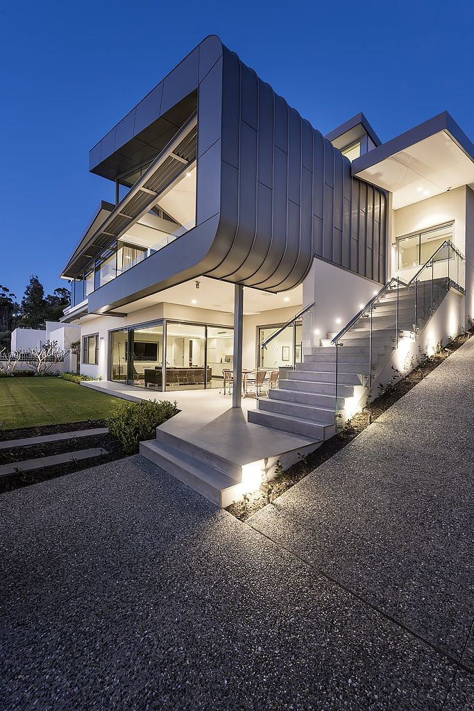 Home designed by Greg Davies Architects and built by Urbane Projects ...