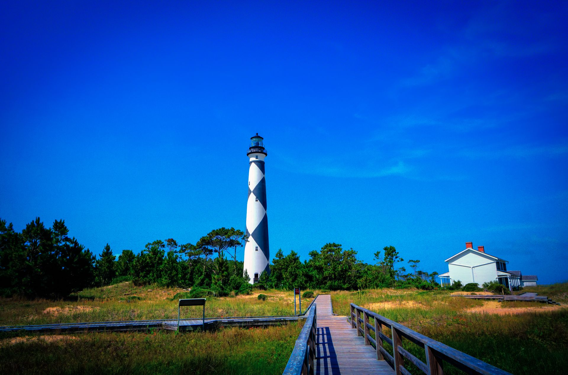Cape lookout lighthouse keeper station outer banks
