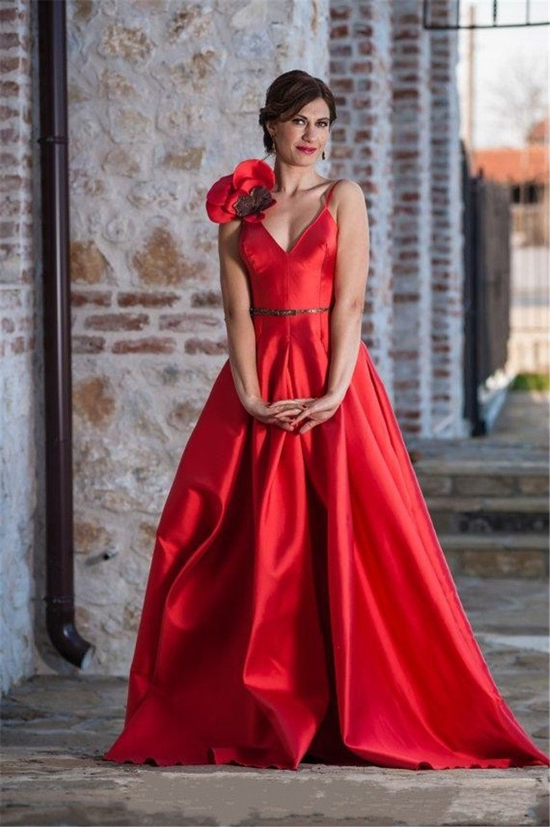 Click to buy ucuc saudi arabic red carpet red prom dresses