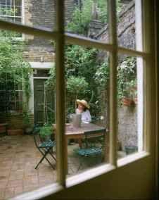 05 small courtyard garden with seating area design ideas #smallcourtyardgardens