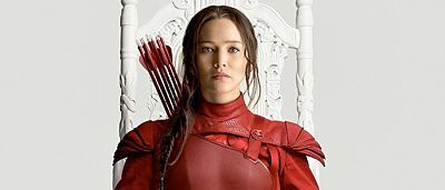 Jennifer Lawrence's Katniss Everdeen is ready for battle in New 'Hunger Games: Mockingjay – Part 2′ Teaser and Poster