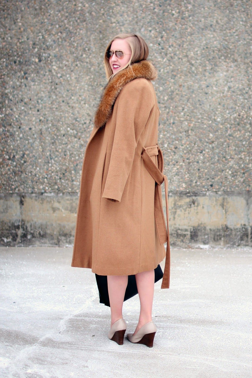 Manic Monday and a Link-Up // Ellen Tracy fur collar wrap coat ...