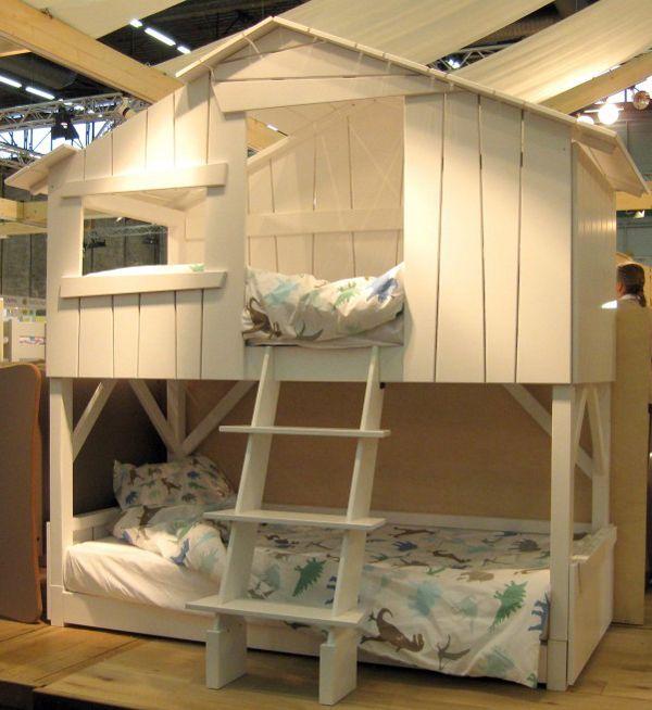 Il letto a castello pu essere diviso e pu essere utilizzato come due letti singoli e - Come essere sensuali a letto ...