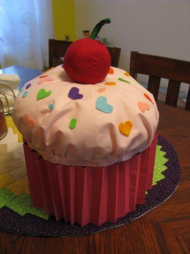 cupcake valentines box - Cupcake Valentine Box