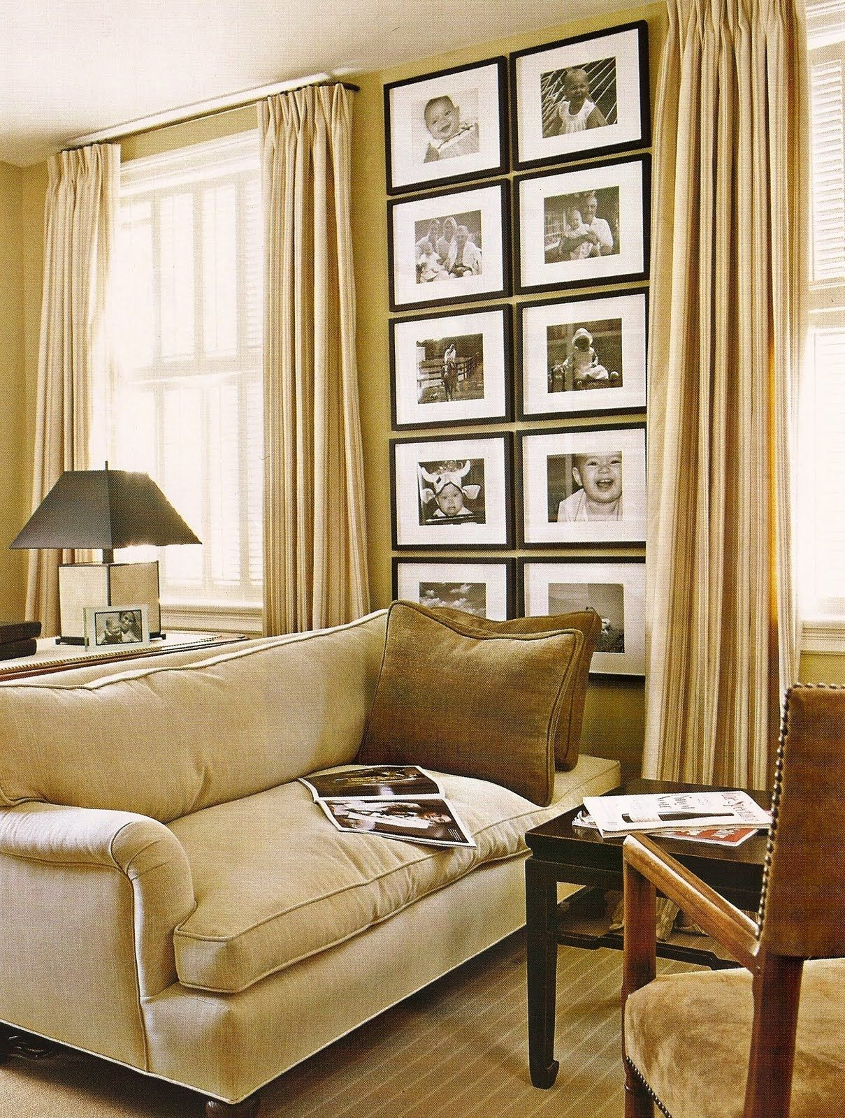 Warm tan gold monochrome living room vertical gallery for Decoracion hogar living