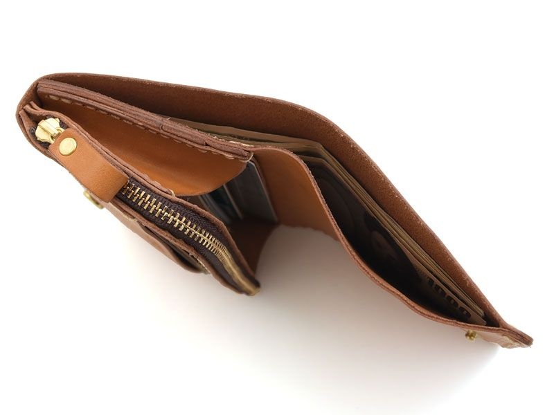 08e0b46b0fa9 コンパクトでもメイン財布として使える小型の二つ折り財布「革鞄のHERZ公式通販」