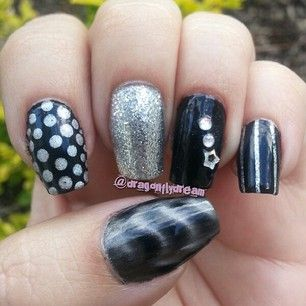 """Black and silver mix 'n match nails by """"dragonflydream"""" on Instagram"""