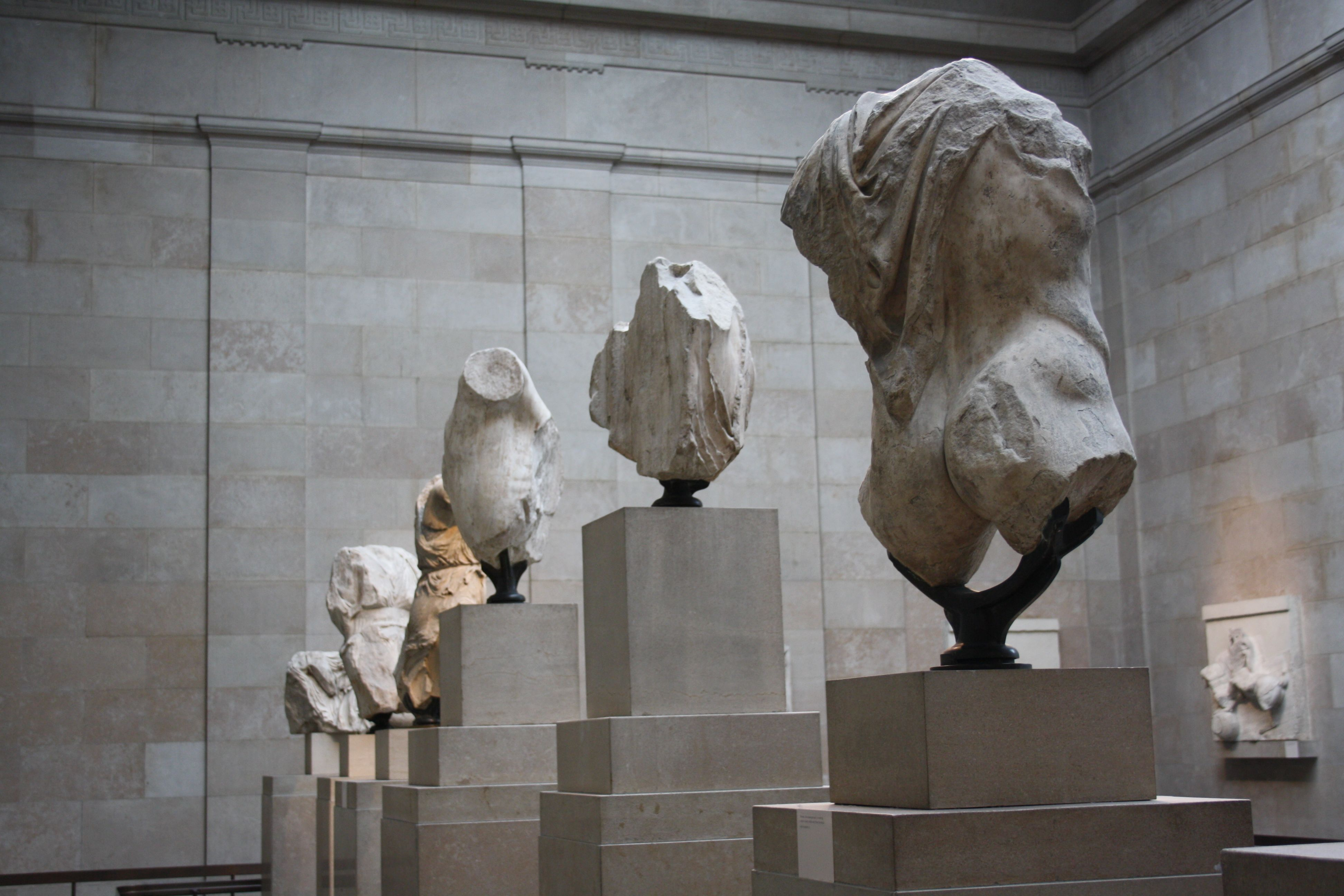 The Egyptian Room And Elgin Marbles Elgin Marbles British Museum Lion Sculpture