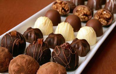 Como Fazer Bombom De Chocolate Caderneta De Receitas Chocolate Bacon Chocolate Understands Chocolate Sweets