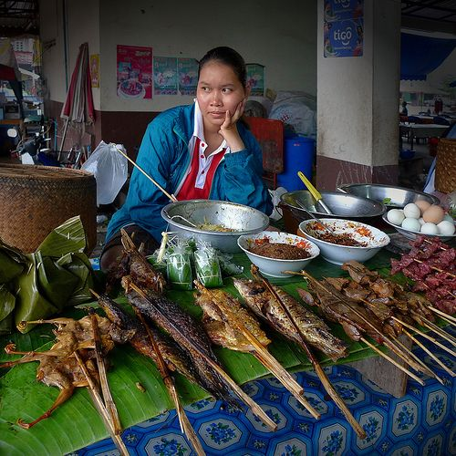 Dao Heaung Market, roasted chicken and fish takeaways by B℮n, via Flickr
