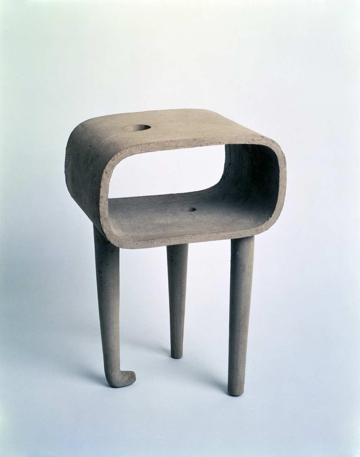 Merveilleux Isamu Noguchi, My Mu Vase, 1950.
