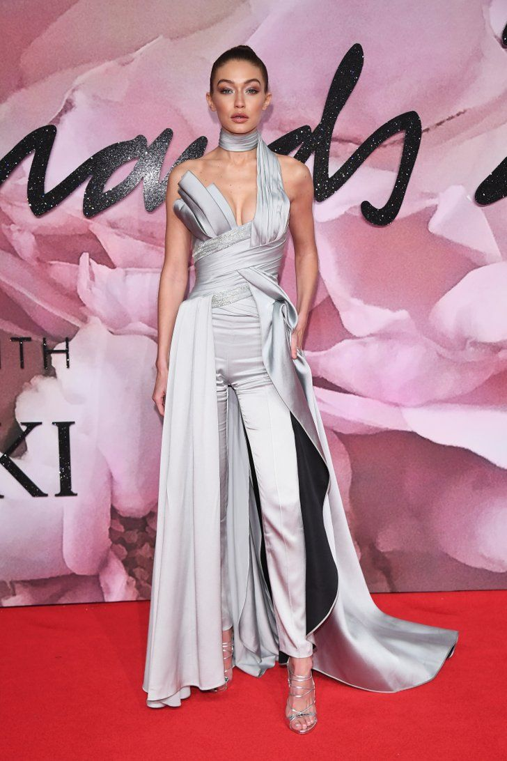 Gigi Hadid Was Crowned Model of the Year, but Her Outfit Deserves an ...