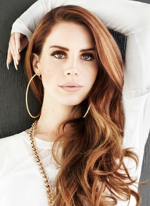 Lana Del Rey Born To Die Era Curled Strawberry Blonde Hair Big Gold Hoop Earrings Gold Chain Lana Del Rey Hair Lana Del Rey Lana