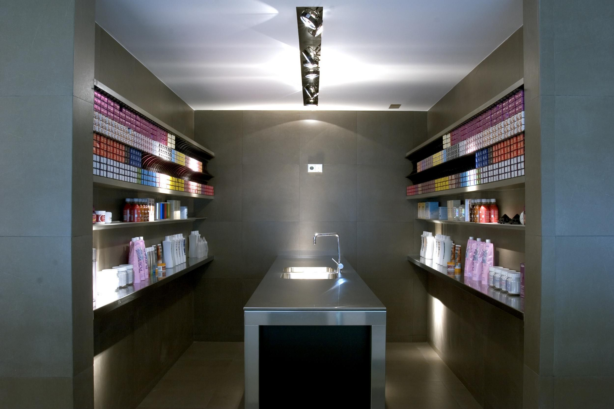 Proyecto Interiorismo Comercial Peluqueria Salon Bellezza  # Ideas Muebles Barcelona