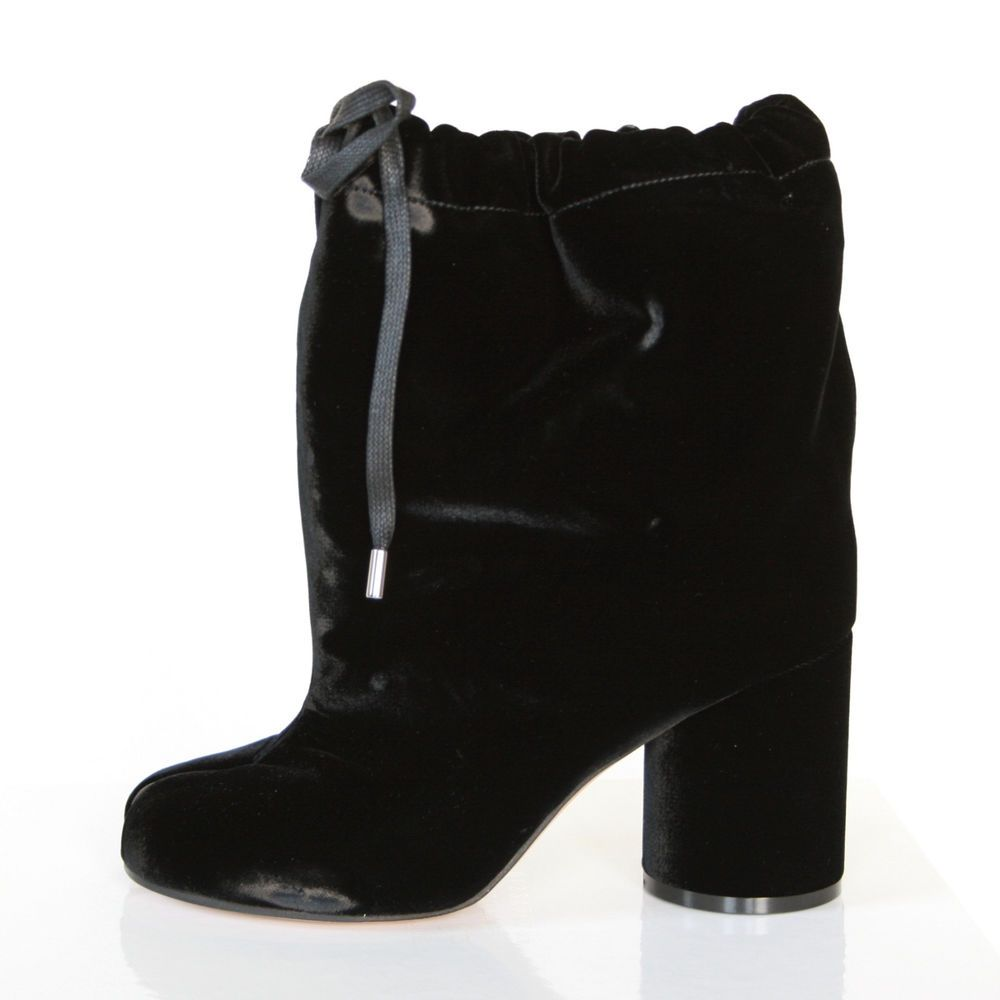 3ebb09b28b5 MAISON MARTIN MARGIELA split toe shoes black velvet high heel tabi boots 36  NEW  MaisonMartinMargiela  SlouchBoots  tabiboots