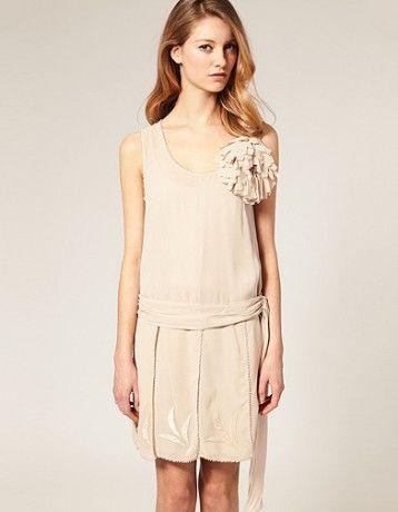 db7a6f2100423 robe de mariée rétro   20 robes de mariée rétro pour avoir une look ...